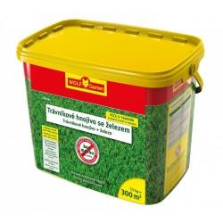 Trávníkové hnojivo proti mechu WOLF-Garten LP-M 300